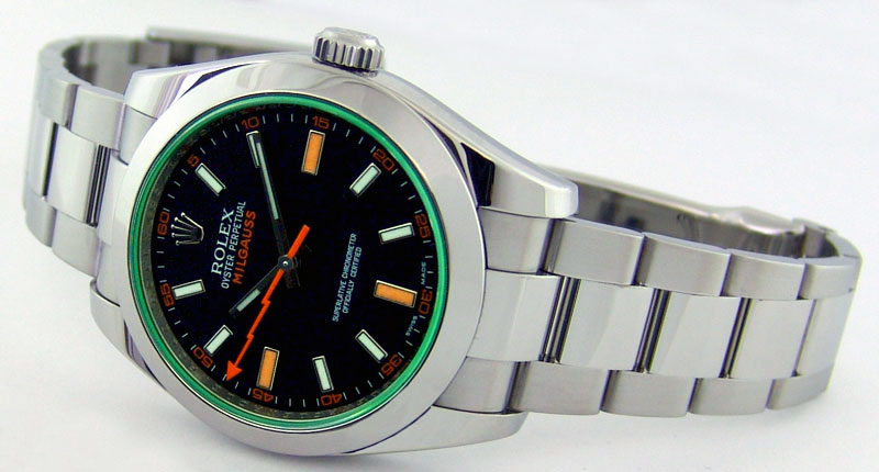 rolex-green-milgauss-stainless-steel-black-dial-116400GV-rehaut-watch-chest-blog