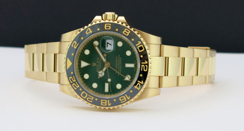 rolex-gmt-master-II-gold-green-dial-116718-watch-chest-6